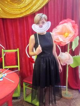 Работа с названием Платье с блестяшками)