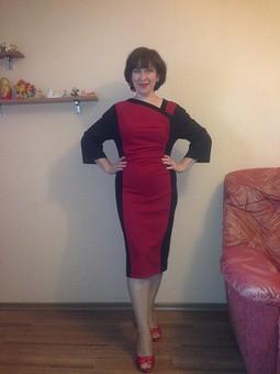 Работа с названием Комбинированное платье