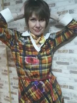 Работа с названием Из пуловера в платье