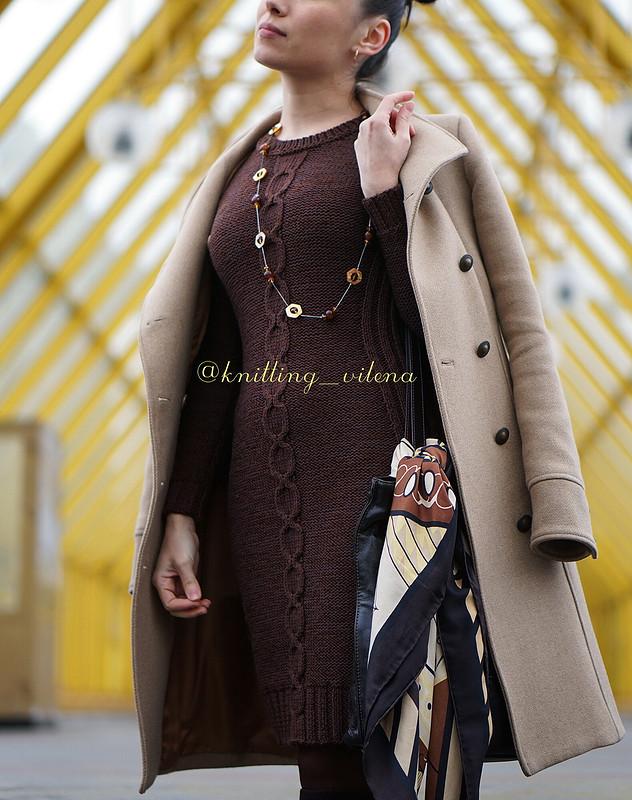 Базовое коричневое платье