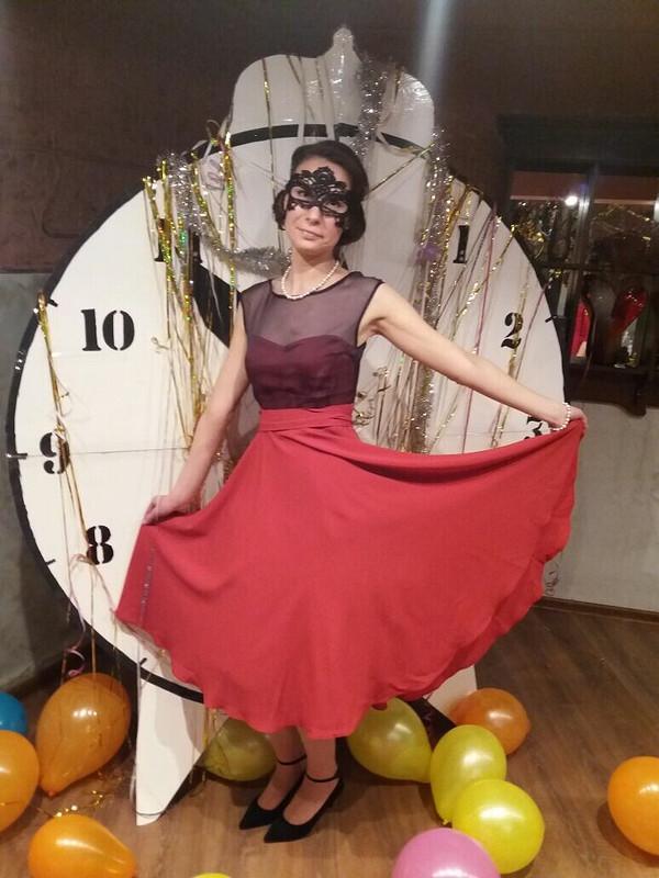 Тема вечеринки была «Карнавальная ночь» от Sisliy