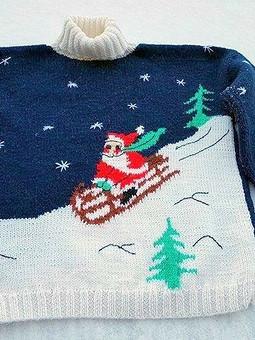 Работа с названием Новогодний наследственный свитер с Дедом Морозом