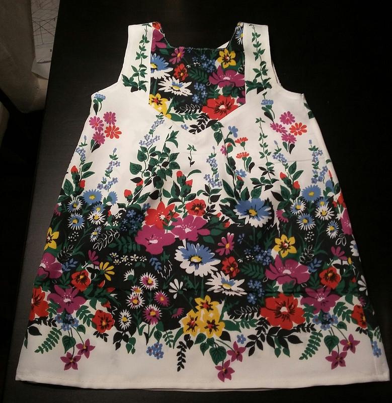Платье длядевочки от Nfbc