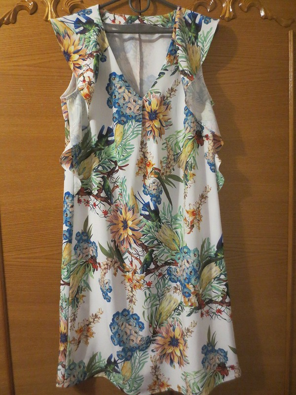 Тропическое платье