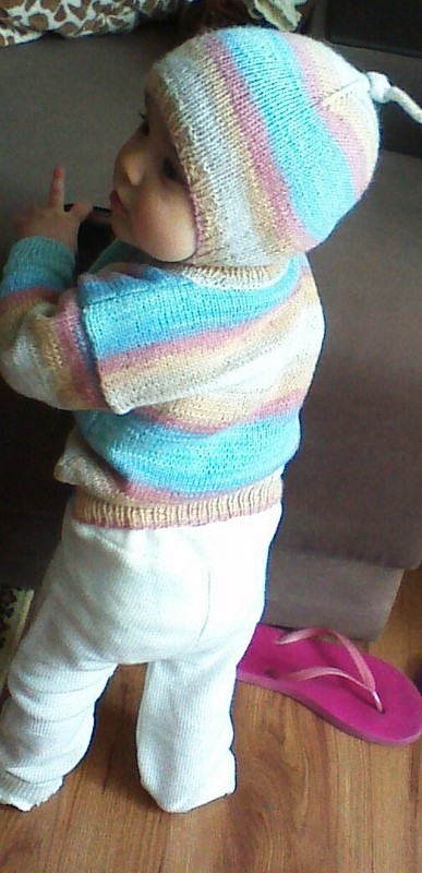 Радужный комплект - шапочка иджемпер длявнучки