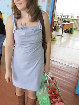 Работа с названием Платье серая мышка