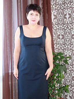 Работа с названием Платье на выход