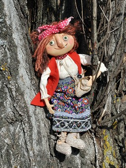 Работа с названием Бабулечка Ягулечка. Текстильная кукла