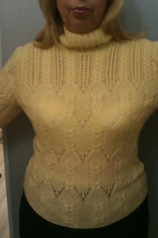 Юбка сметаллическим отливом ижелтый пуловер от Inna_Ka
