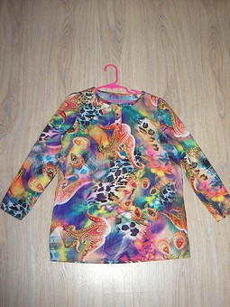 Работа с названием Туника и пуловер