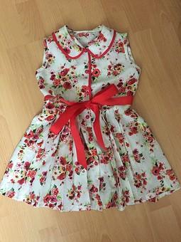 Работа с названием Платье для девочки в цветочек