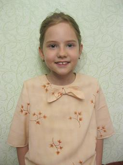 Работа с названием Детская блузочка с бантиком