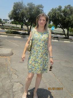 Работа с названием Маленькое платье из гипюра