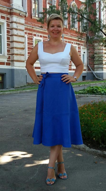 Бюстье+юбка,которая должна была быть сарафаном