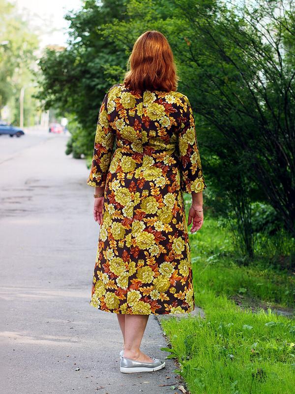 Из Петербурга слюбовью