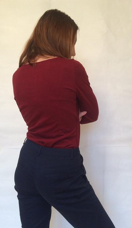 Пуловер сзапахом