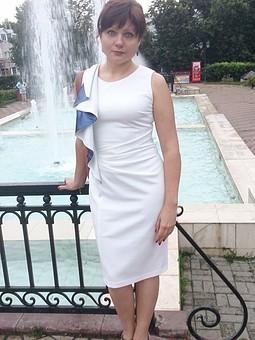 Работа с названием Платье белое