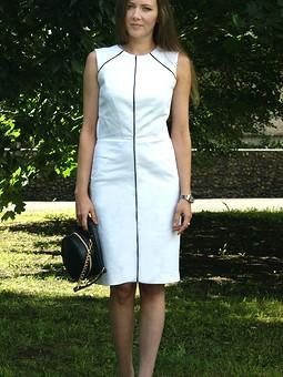 Работа с названием Марианна, с Юбилеем! Белое платье-футляр