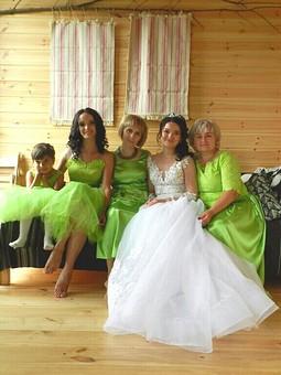 Работа с названием Зеленая история : Платья мама+дочки