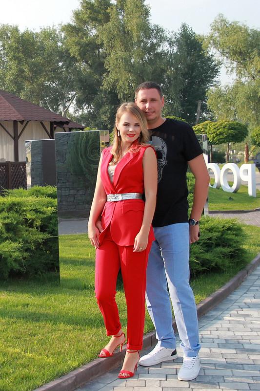 Красный костюм от razumnayat