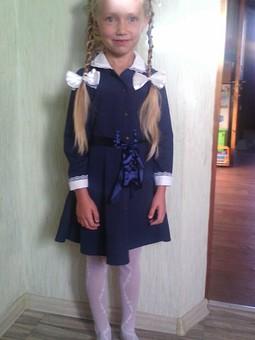 Работа с названием Платье для первоклашки