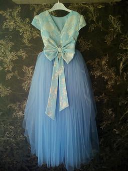 Работа с названием Платье на 5-тилетие