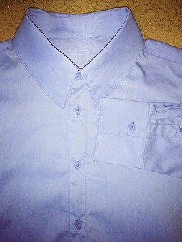 Работа с названием Мужская сорочка