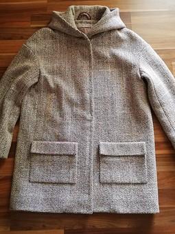 Работа с названием Пальто легко просто