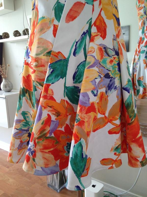 Два платья поодной выкройке от kataplazma7