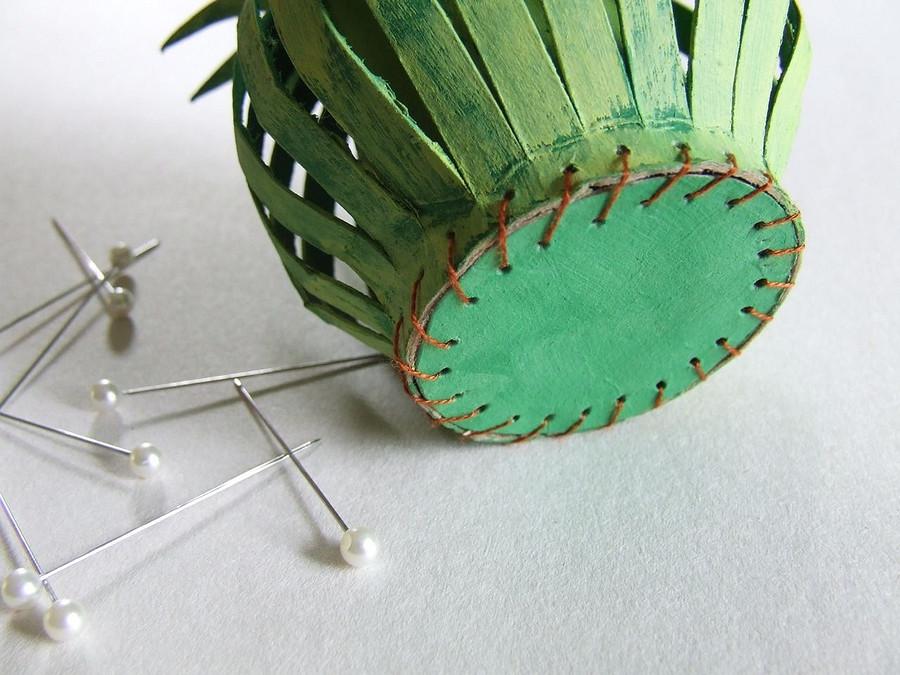 Креативная «цветочная» игольница своими руками