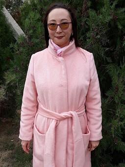Работа с названием Пальто из розового кашемира