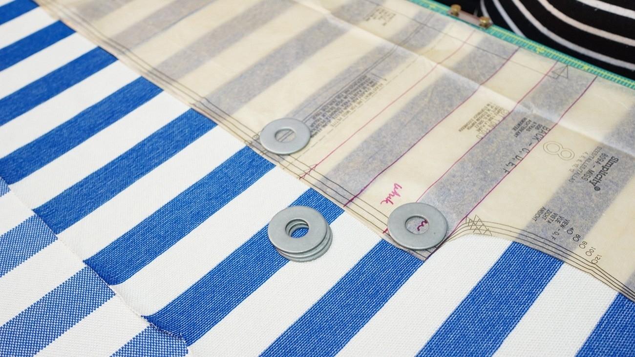 Лайфхак: как кроить изткани вполоску, чтобы рисунок совпал