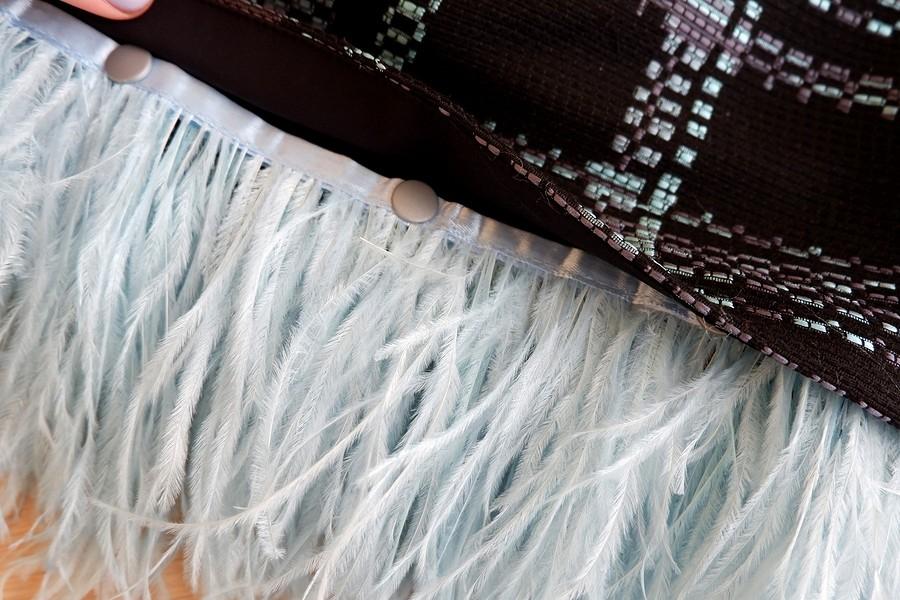 Пух иперья: модный декор одежды своими руками