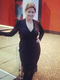 Работа с названием Черное платье с запАхом