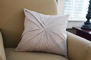 Наволочка с фигурными складками для декоративной подушки: мастер-класс