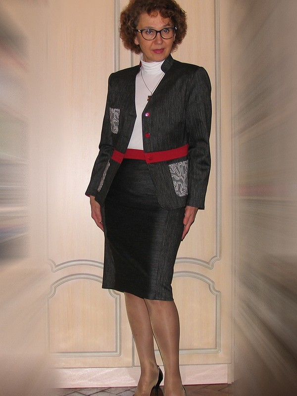 Жакет+две ноябрьские юбки