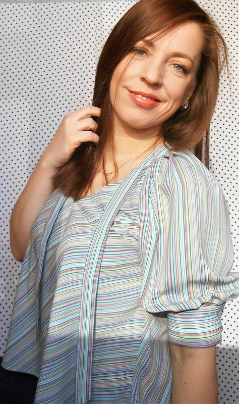 Блуза спышными рукавами