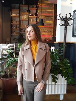 Работа с названием Кашемировая курточка