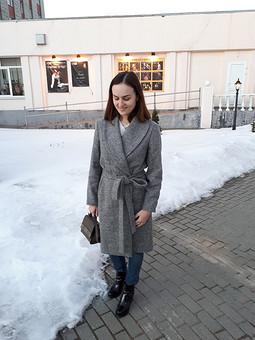 Работа с названием Пальто мое
