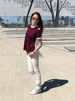 Работа с названием Блузка-пуловер 04/2018