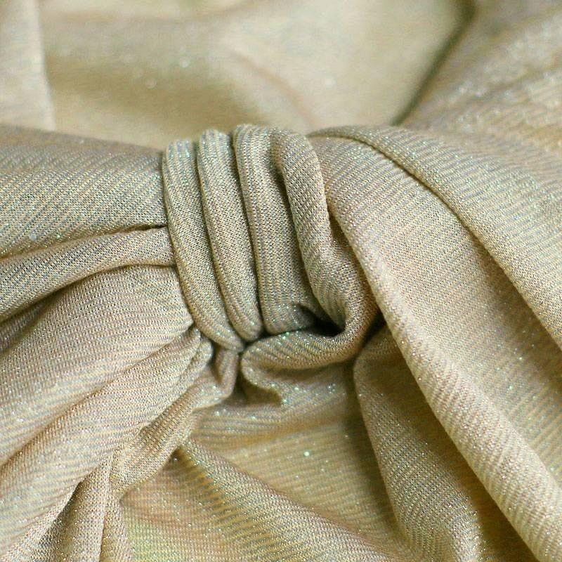 Трикотажные полотна сэластановыми волокнами: свойства иособенности материала