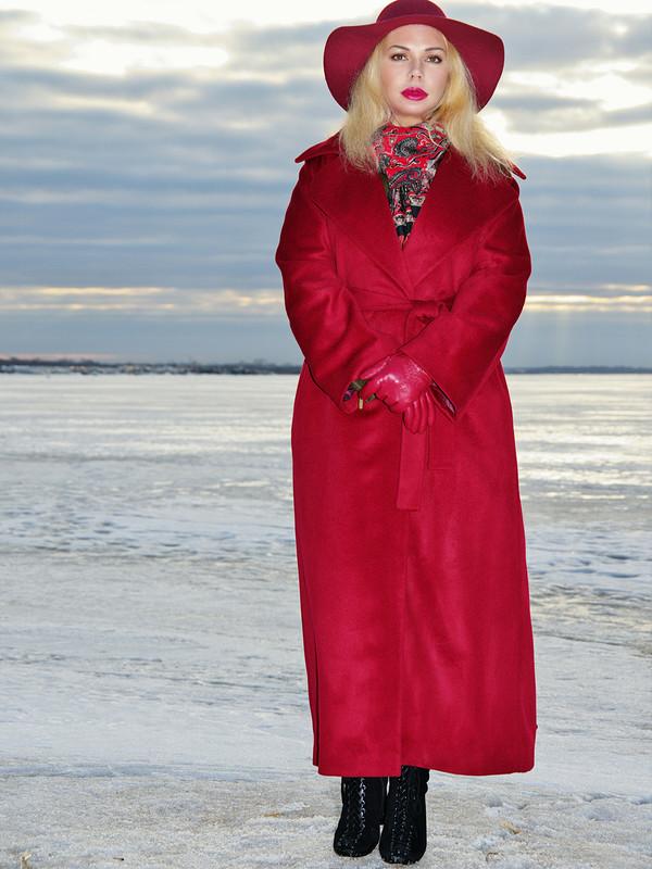 Пальто бордо