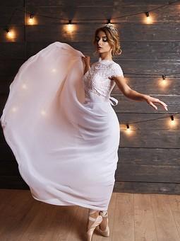Работа с названием Свадебное платье ручной работы