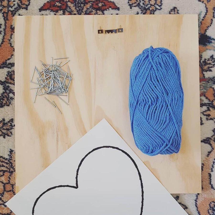 Стринг-арт — картины изгвоздей инитей: что это икак ему научиться