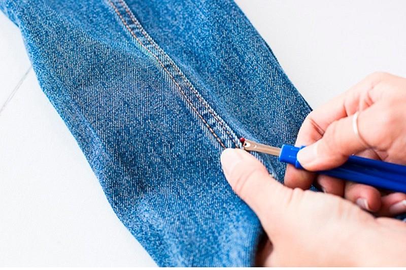 Как декорировать бахромой джинсовую куртку