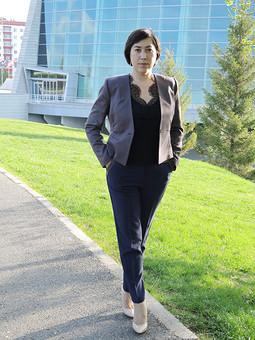Работа с названием Шила с джинсами носить, ношу на работу)))