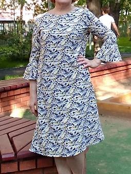 Работа с названием Платье свободного покроя