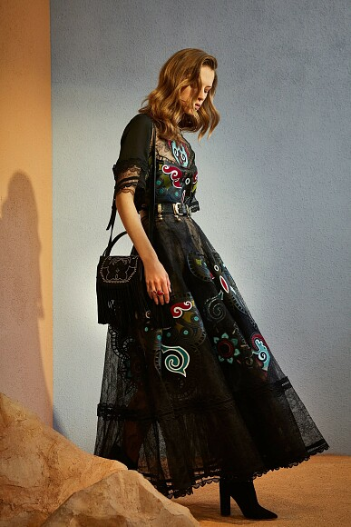 Однажды наДиком Западе: коллекция Pre-fall 2018 отElie Saab