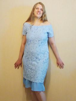 Работа с названием Платье из голубого кружева