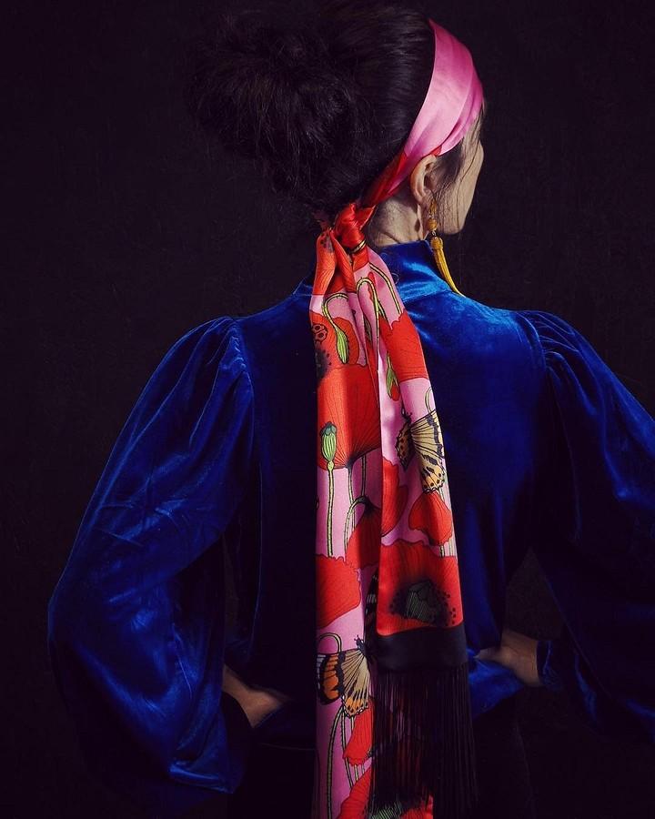Как повязать шёлковый платок: 24 способа + видео